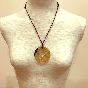 Horn adjustable pendant necklace. NWOT